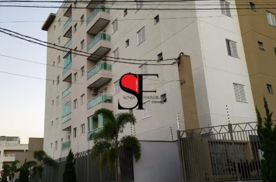 Apartamento para locação no Edifício Almada -Taubaté